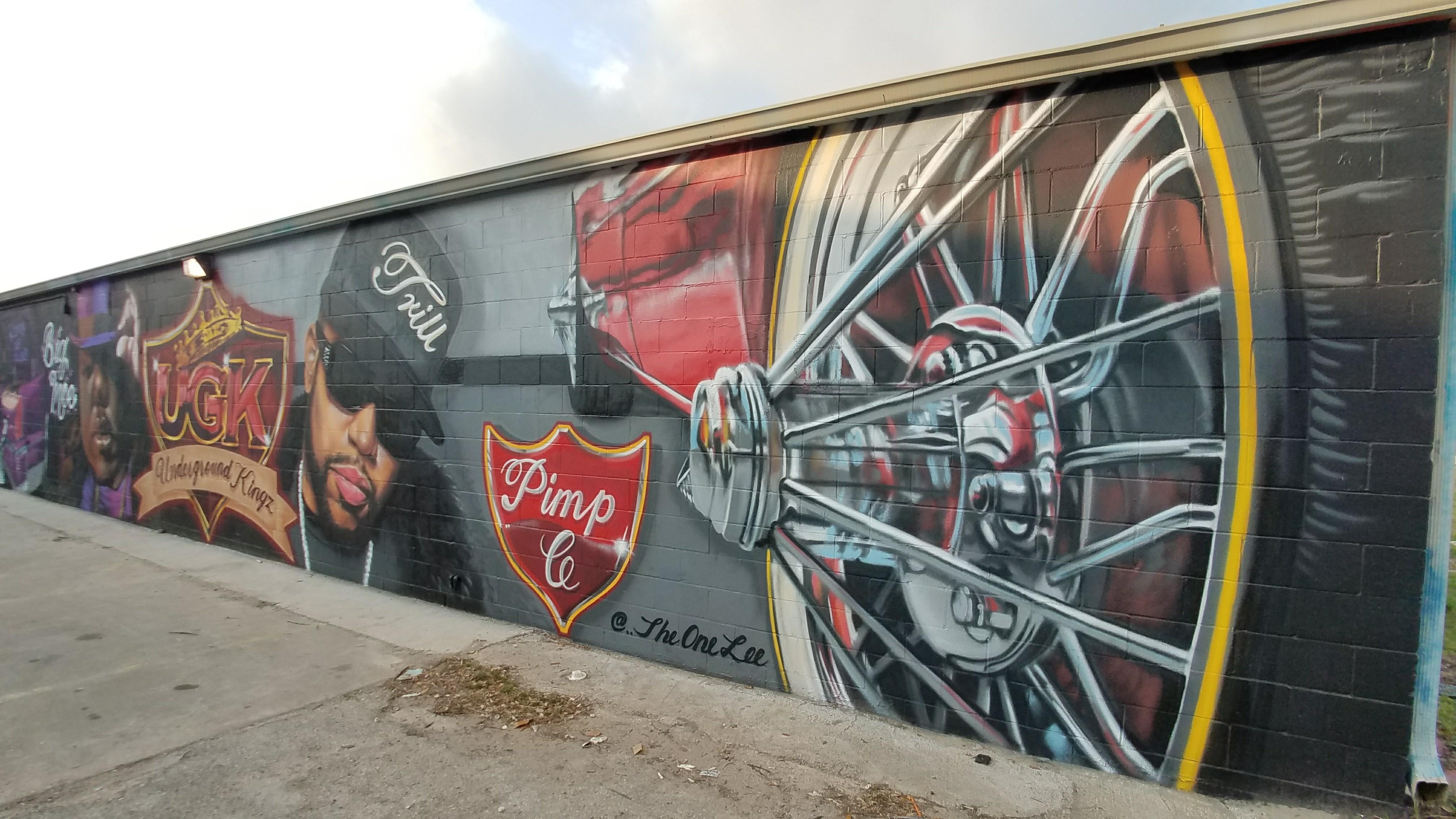 Leeland St Bayou City Murals